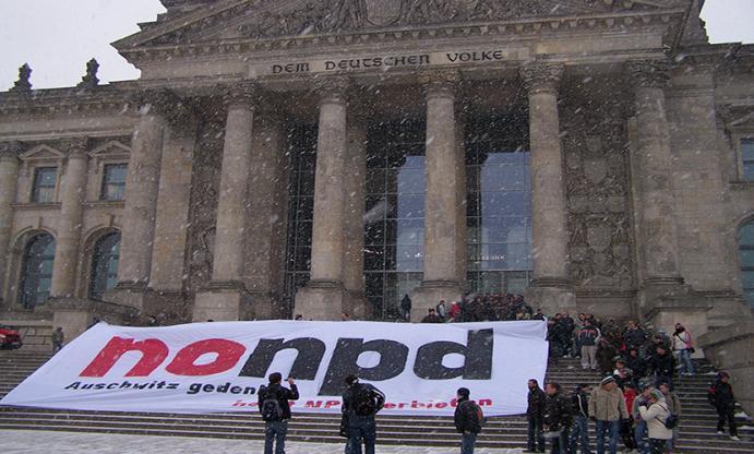 NPD-Verbot, Nazis, Partei, Rassisten, Rassismus, Ideologie