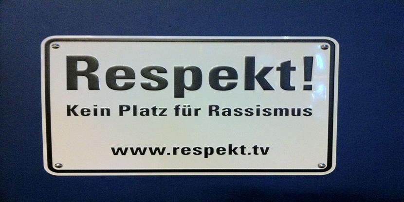 Respekt, Integration, Mehrheitsgesellschaft, Imperialismus, Ausländer, Rechtsextremismus, Rassismus, Missstände