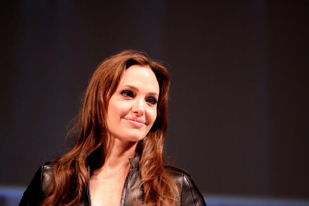 Angelina Jolie, Menschlichkeit, Brad Pitt, Humanistische Hilfe, Syrien