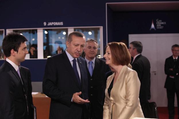 Kritik, AKP, Erdoğan, Türkei, Hizmet