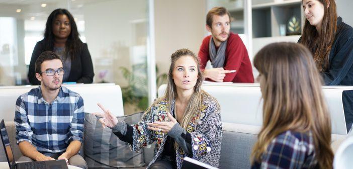 Woman who can help: Durchsetzungsvermögen! Wer hat es und wer braucht es noch?